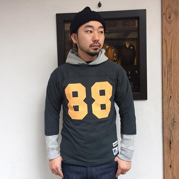 【RUSSELL ATHLETIC x BACKDROP】(バックドロップ別注) FOOTBALL TEE (ダークフォレスト)